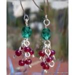 Stříbrné náušnice - imitace stříbra s červenou a zelenou korálkou