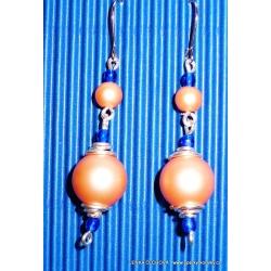 Stříbrné náušnice s korálky - oranžové (bižuterie)